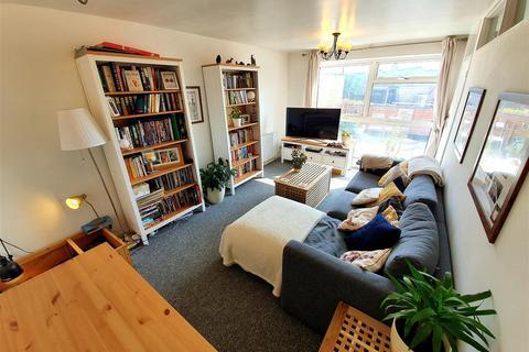 2 bedroom apartment to rent - High Street, Hardingstone, Northampton