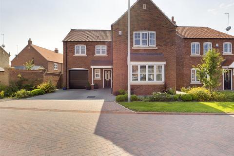 4 bedroom detached house for sale - Crane Road, Kingswood, Hull
