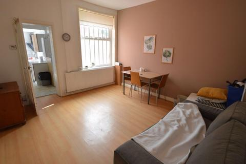 3 bedroom house to rent - Cambourne Street, Manchester