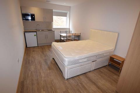 Studio to rent - Colindale Avenue, Colindale, London
