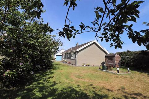 3 bedroom bungalow for sale - Lon Glan-y-Mor, Borth, Ceredigion, SY24