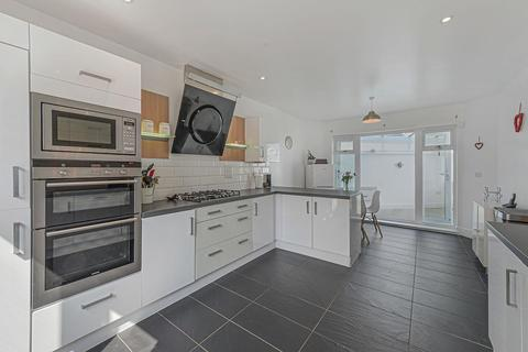 4 bedroom detached house for sale - Richmond Avenue, Kings Hill, West Malling
