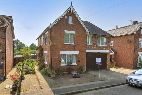 6 bedroom detached house for sale - The Freehold, Hadlow, Tonbridge