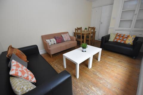 5 bedroom house to rent - Malefant Street, Cathays, Cardiff