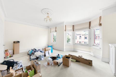 2 bedroom maisonette for sale - Harbord Street, Fulham, London, SW6