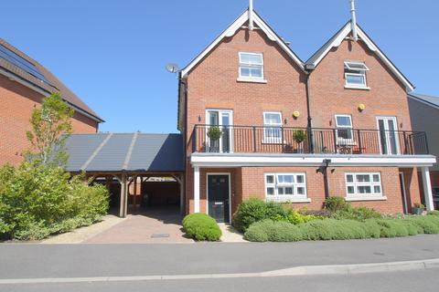 5 bedroom semi-detached house for sale - Burton Avenue , Leigh, TN11