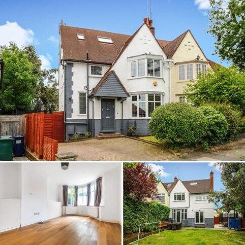 4 bedroom semi-detached house for sale - Cyprus Avenue,  London N3,  N3