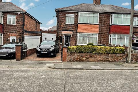 3 bedroom semi-detached house for sale - Bolingbroke Road, north shields, North Shields, Tyne and Wear, NE29 7NF