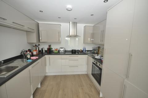 1 bedroom apartment to rent - Wood Street East Grinsted RH19