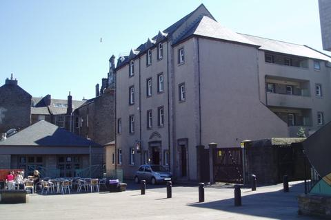 2 bedroom flat to rent - Tay Square, City Centre, Dundee, DD1