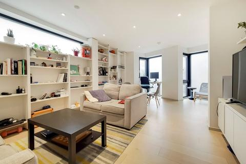 2 bedroom apartment for sale - Seven Sisters Road, London, N7