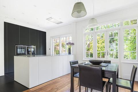 3 bedroom terraced house for sale - Claverley Grove, Finchley