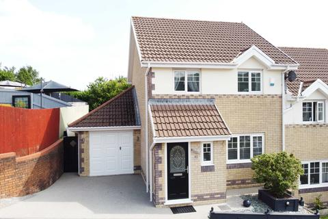 3 bedroom semi-detached house for sale - Swyn Y Nant, Tonyrefail, CF39 8FE