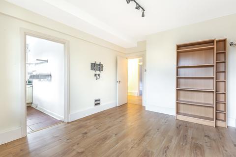 3 bedroom flat for sale - Neckinger Estate London SE16