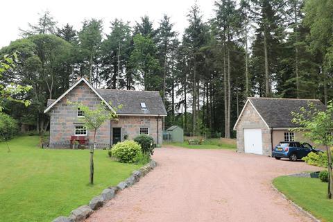 4 bedroom detached house to rent - Castle Fraser, Inverurie, AB51