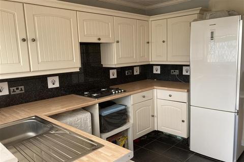 2 bedroom semi-detached bungalow for sale - Green Lane, Isle Of Grain, Rochester, Kent
