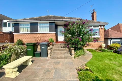 4 bedroom detached bungalow for sale - Bakewell Avenue, Carlton, Nottingham