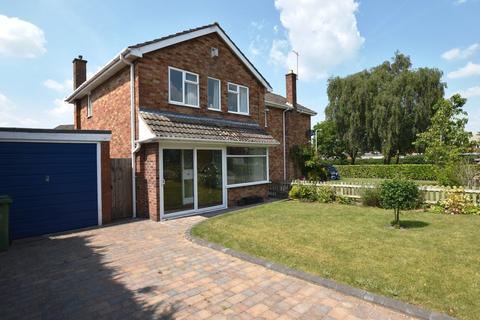 3 bedroom semi-detached house for sale - Sherwood Crescent, Market Drayton