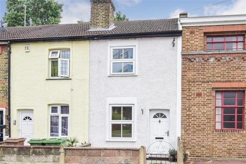 2 bedroom terraced house for sale - Crown Road, Sutton, Surrey