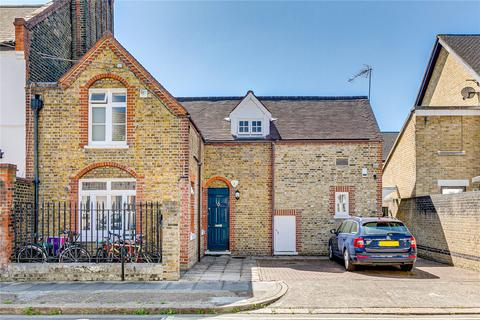 2 bedroom flat for sale - The Old School House, Rosaline Road, London
