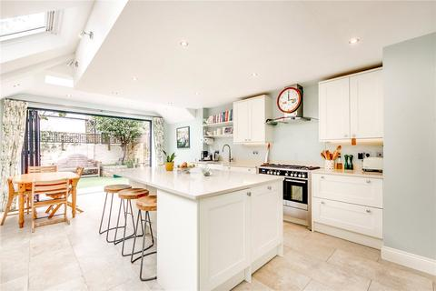 4 bedroom house to rent - Musard Road, London