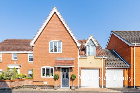 3 bedroom link detached house for sale - Burroughs Way, Wymondham
