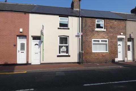 3 bedroom terraced house to rent - Ross Street, Monkwearmouth, Sunderland, Tyne and Wear, SR5 1HA