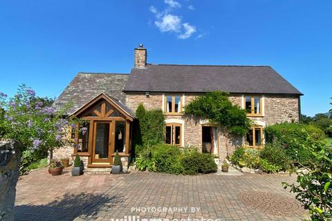 3 bedroom detached house for sale - Rhewl, Ruthin