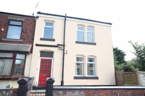 3 bedroom end of terrace house for sale - CROMWELL STREET, Heywood OL10 1BX