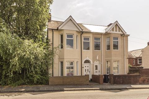 3 bedroom semi-detached house for sale - Kensington Place, Newport - REF#00000471