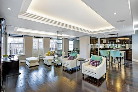 3 bedroom flat to rent - Chantrey House, 4 Eccleston Street, Belgravia, London, SW1W