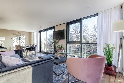 3 bedroom apartment to rent - The Glass House, Queens Gardens