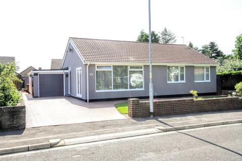 3 bedroom detached bungalow for sale - Aylmer Grove, Newton Aycliffe