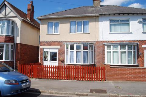 3 bedroom semi-detached house to rent - Chestnut Avenue, Withernsea