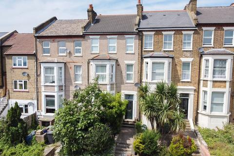 1 bedroom flat for sale - Blythe Hill, Catford, London, SE6