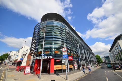 3 bedroom apartment to rent - Regent Street Brighton BN1