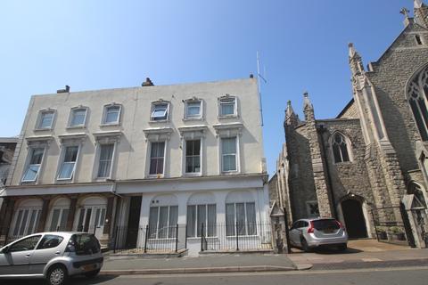 1 bedroom flat for sale - Pevensey Road, Town Centre, Eastbourne BN21