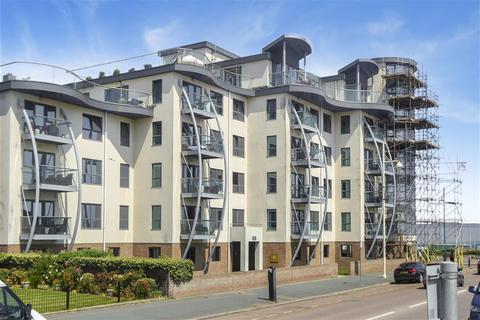 2 bedroom flat for sale - The Esplanade, Bognor Regis, West Sussex