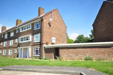 2 bedroom flat to rent - The Linkway Brighton BN1
