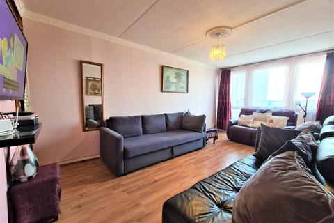 2 bedroom flat for sale - Woodchester Square, London, W2