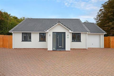 3 bedroom bungalow to rent - Dene Road, Bristol, BS14 0PG