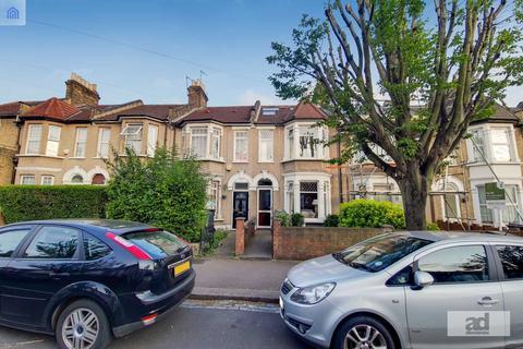 4 bedroom house for sale - Capworth Street, London, E10