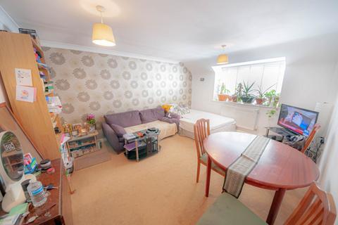 1 bedroom flat to rent - Courtyard Mews, Rainham, RM13