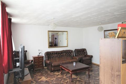 2 bedroom maisonette for sale - Long Walk, London