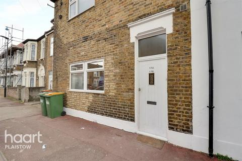 2 bedroom apartment for sale - Carson Road, London