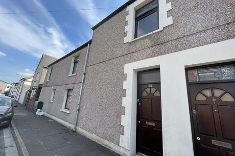 4 bedroom flat to rent - Coburn Street, Cathays , Cardiff CF24