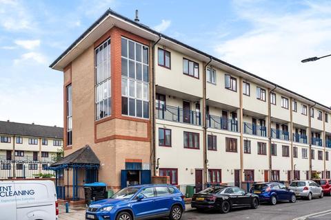 2 bedroom maisonette for sale - Shurland Gardens, Willowbrook Estate, Peckham