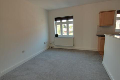 2 bedroom flat to rent - WELTON ROAD, BROUGH, HU15 1QZ