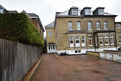 1 bedroom apartment to rent - Bycullah Road, EN2