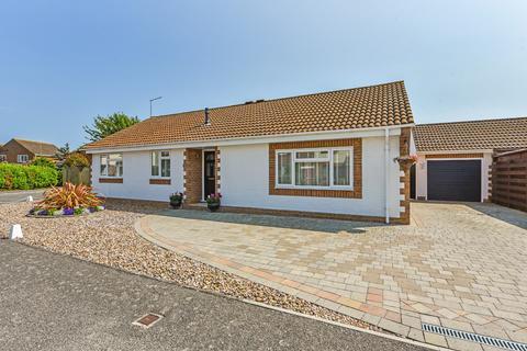 3 bedroom detached bungalow for sale - Aldwick Felds, Bognor Regis
